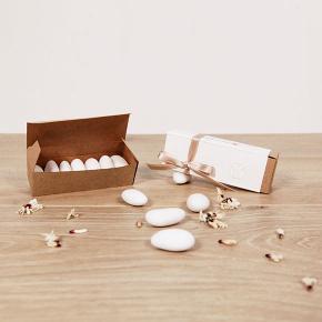 Scatolina fiammiferi bianca e marrone, regalo solidale in ambito Bomboniere solidali