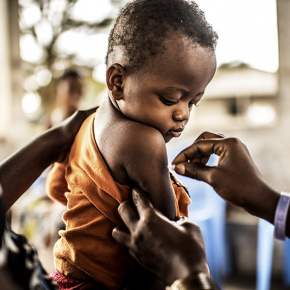 Kit vaccini, regalo solidale in ambito Salute e nutrizione